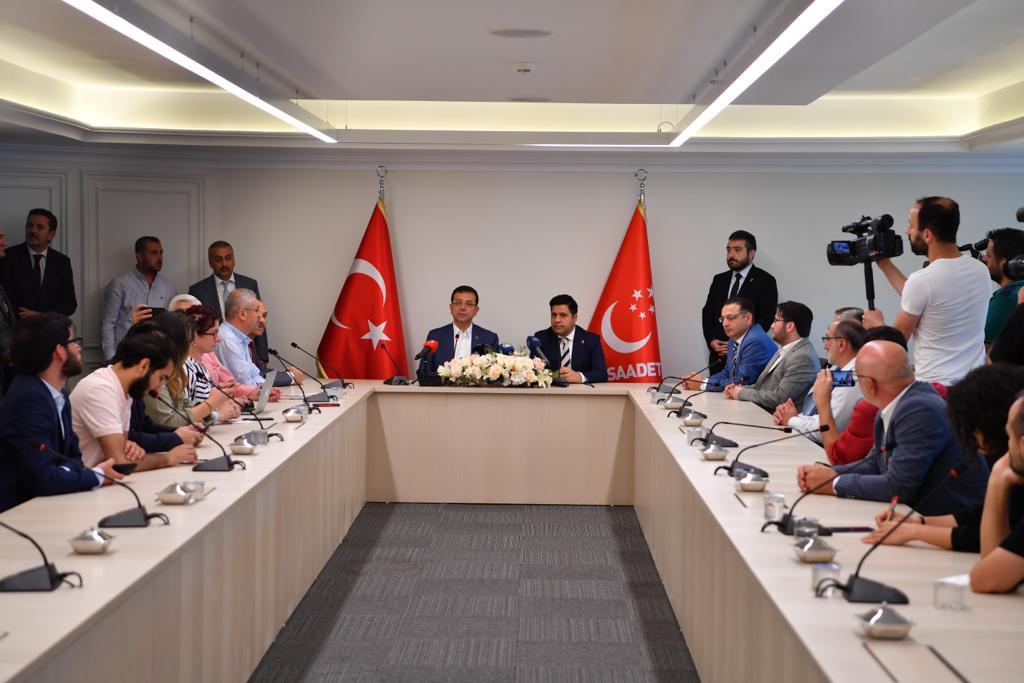 İmamoğlu: Siyasi partilerle kuracağımız ortak masa,  Türkiye'nin demokrasi sürecine büyük katkı sunacaktır