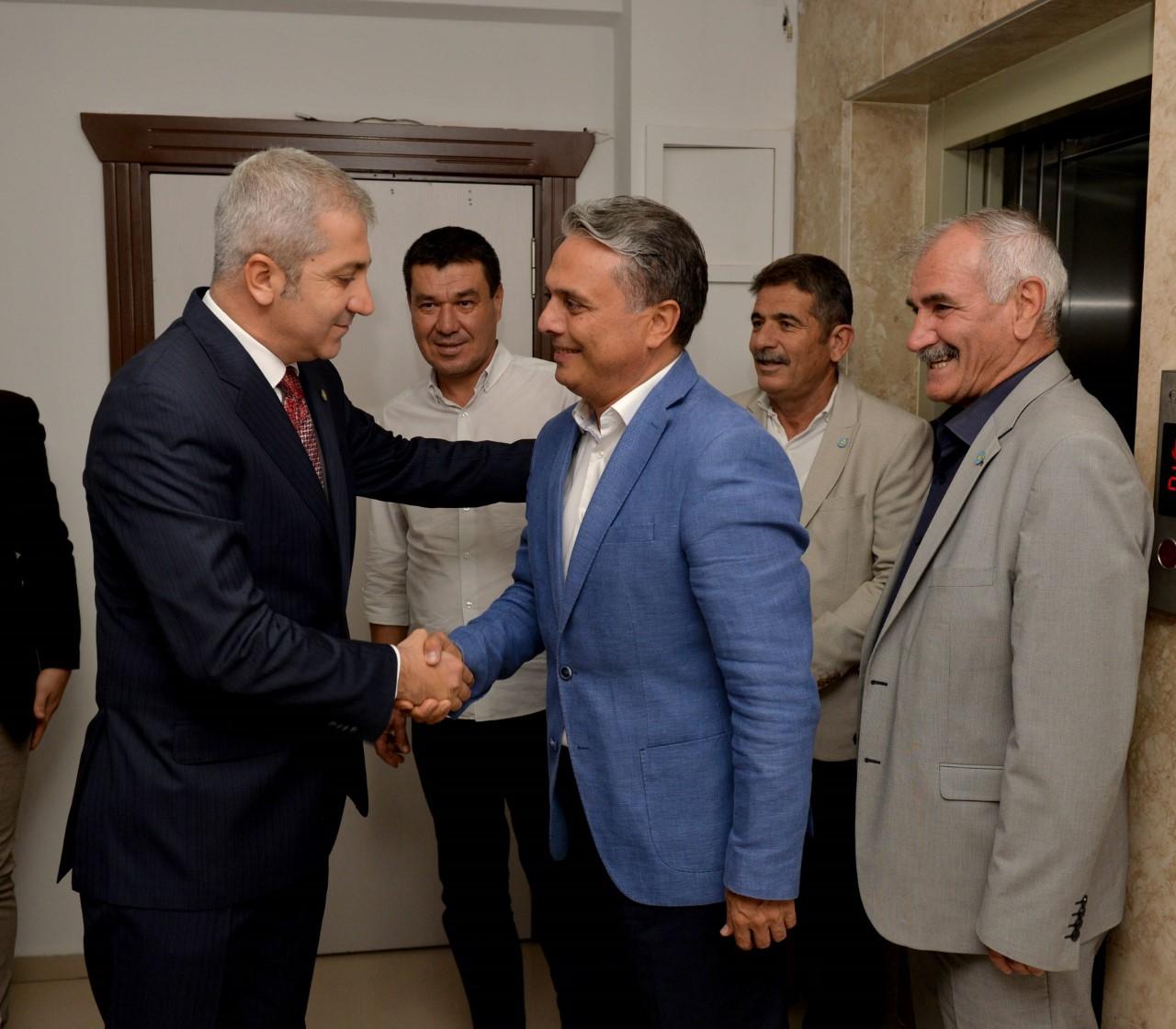 Başkan Uysal'dan İYİ Parti'ye ziyaret...