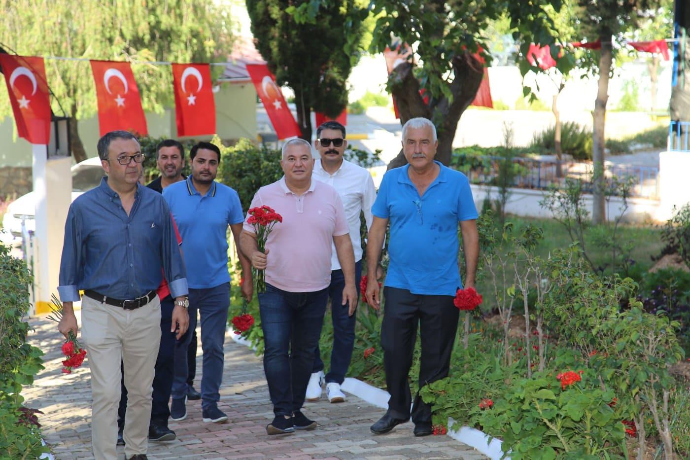 ŞEHİTLİKTE SHOW OLMAZ MEHMET EFENDİ...