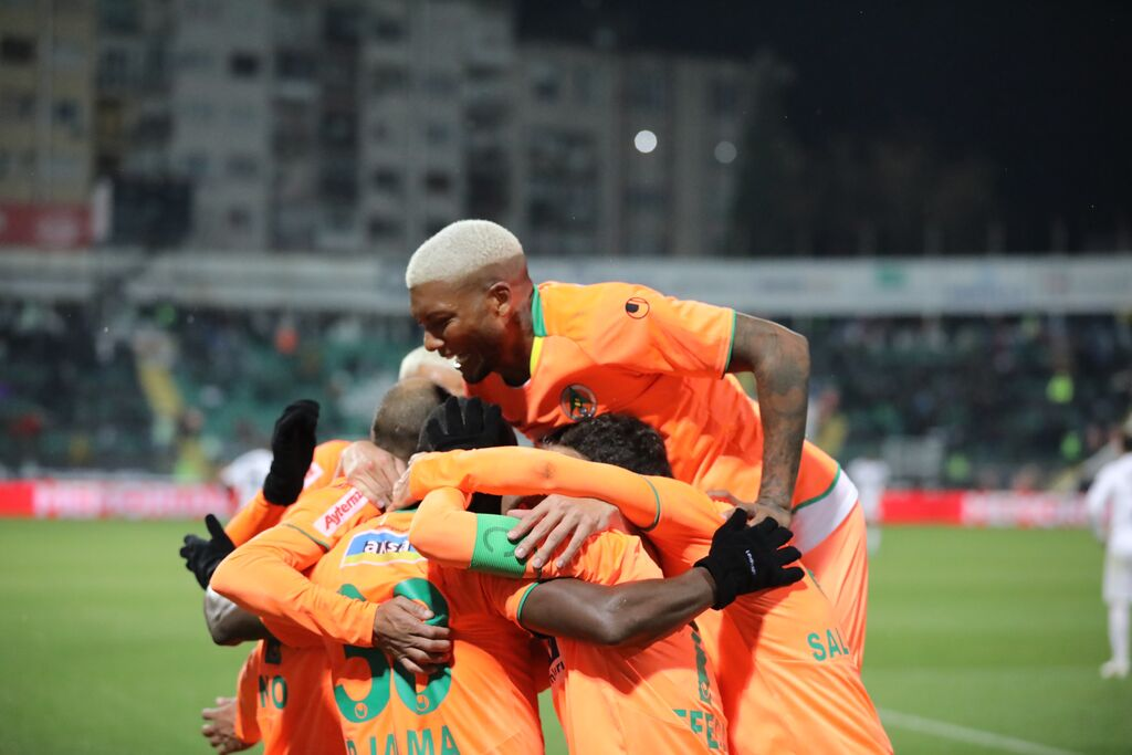 Alanyaspor denizli 4 Photo 1b547cfb b63b 4c60 a2fc d403710dc118d555 0c3be