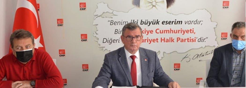 BAŞKAN KARADAĞ AK PARTİYİ BOMBARDIMANA TUTTU...