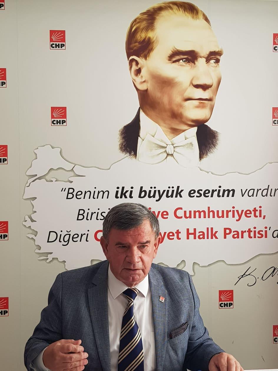 """BAŞKAN KARADAĞ:""""HÜKÜMET ESNAFIN SORUNLARINI ÇÖZMELİ""""..."""