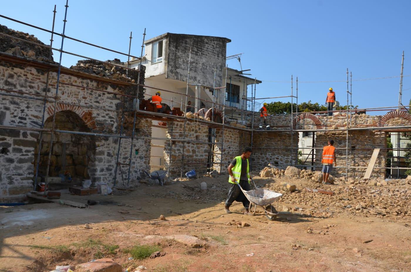 Alanya Gülevşen Camii'nin  restore çalışmaları sürüyor...