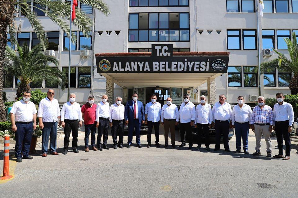AESOB BAŞKANI DERE,ALANYALI BAŞKANLARLA BAŞKAN YÜCEL'İ ZİYARET ETTİ...