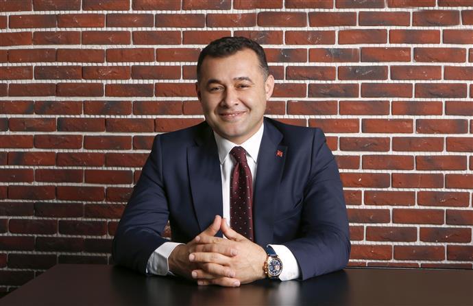 BAŞKAN YÜCEL VATANDAŞLARIN RAMAZAN BAYRAMINI TEBRİK ETTİ...