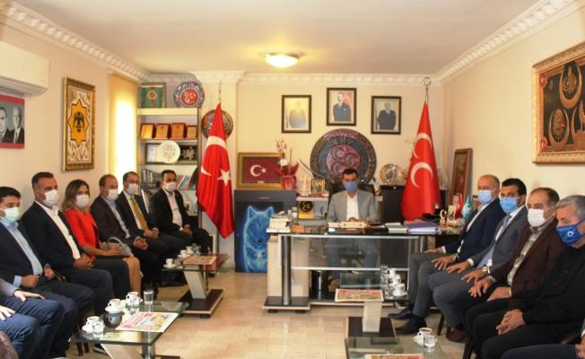 Alanya Belediyesi AK Parti'li meclis üyelerinden MHP'ye ziyaret...