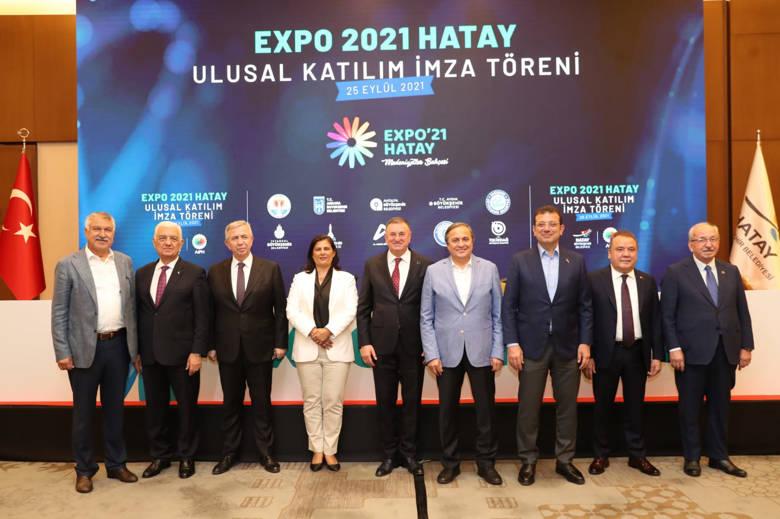 Başkan Böcek Hatay'da Büyükşehir Belediye Başkanları Toplantısına katıldı...
