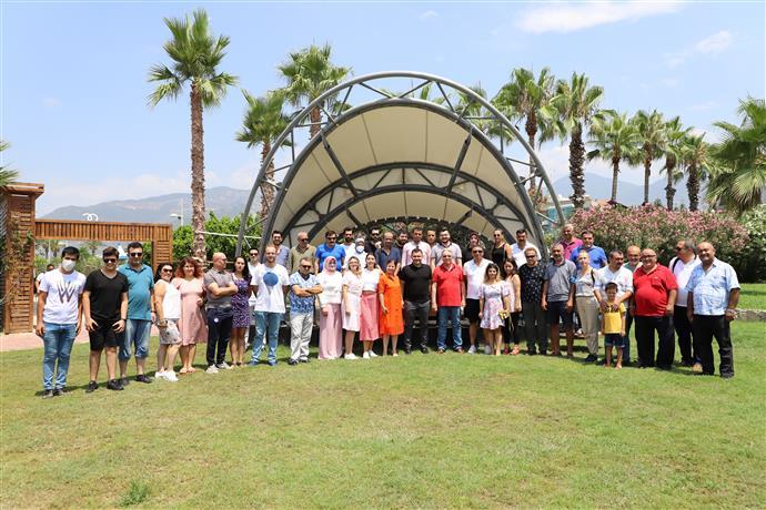 BAŞKAN YÜCEL 24 TEMMUZ BASIN BAYRAMI'NDA ALANYA BASINI İLE BİR ARAYA GELDİ...