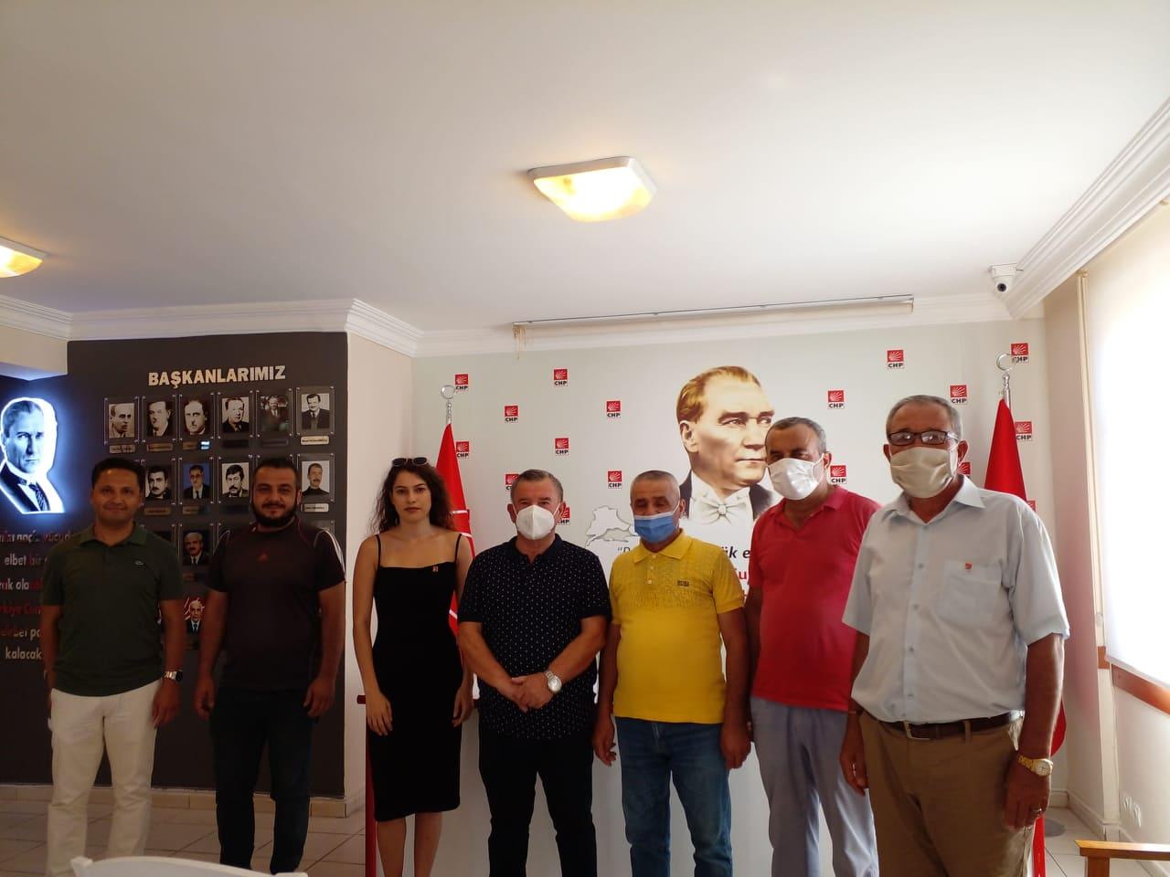 Konaklı mahallesinden CHP'ye 15 yeni üye kaydı...