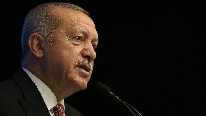 """Erdoğan'dan Kılıçdaroğlu'na sert çıkış; """"Yüzsüz, terbiyesiz herif""""..."""