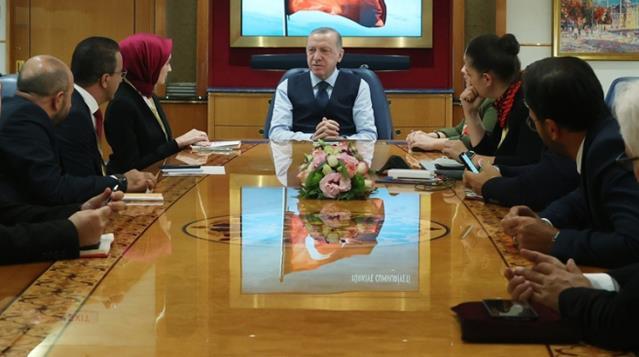 Cumhurbaşkanı Erdoğan: Parlamenter demokrasiye dönmemiz söz konusu değil, başkanlık sisteminden memnunuz...