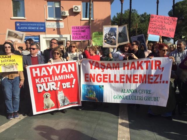"""HAYVAN SEVERLER HAYKIRDI: """"ADEM BAŞKAN İSTİFA""""..."""