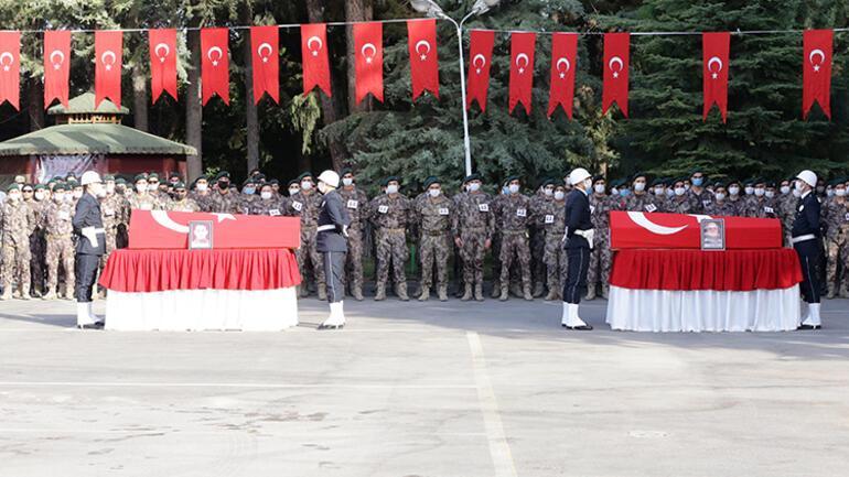 Fırat Kalkanı Harekatı bölgesinde şehit olan iki polis için Gaziantep'te tören düzenlendi...