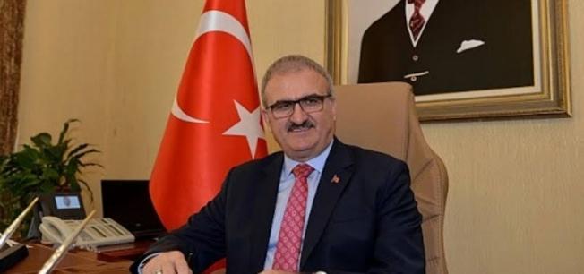 Vali Karaloğlu 'Akdeniz'in ilk göz ağrısı Alanya' diyerek veda etti...