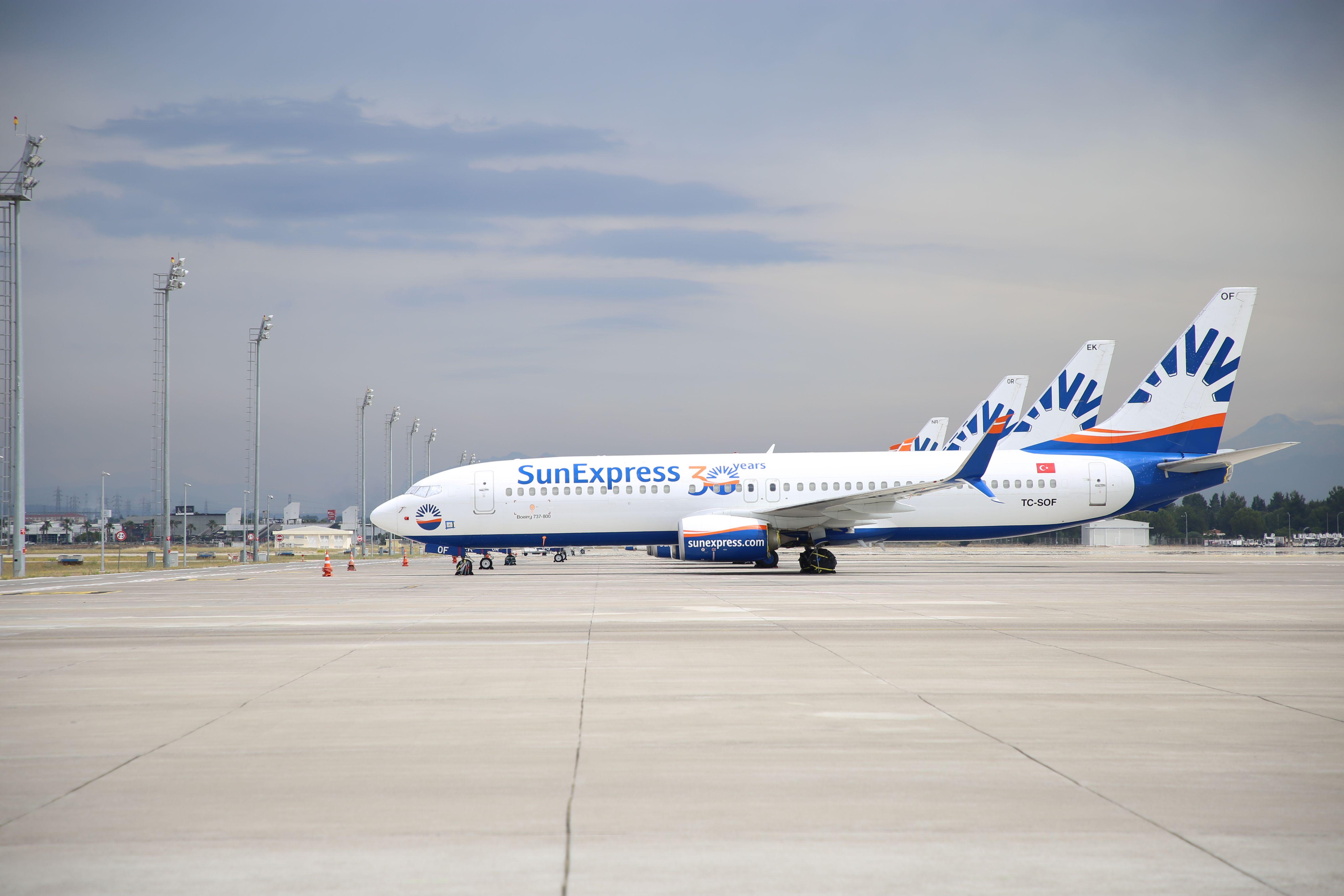 SunExpress, Antalya'dan uçuş düzenleyen ilk havayolu oldu...