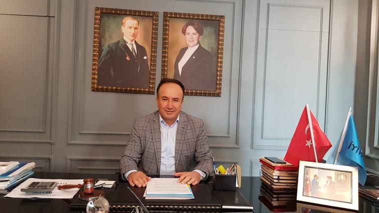 """BAŞKAN APAYDIN""""AK PARTİ ARTIK BİZİ ACI ACI GÜLÜMSETİYOR""""..."""