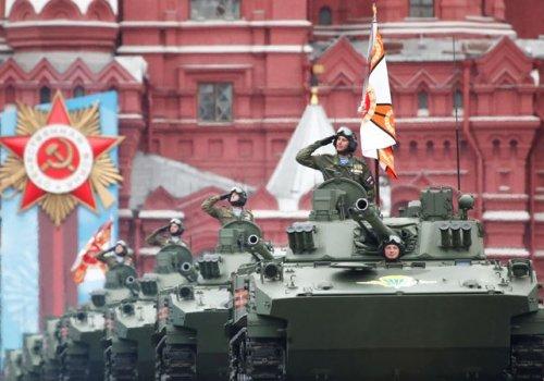 Moskova'da Nazilere karşı kazanılan Zafer'in 76. yılı kutlandı...