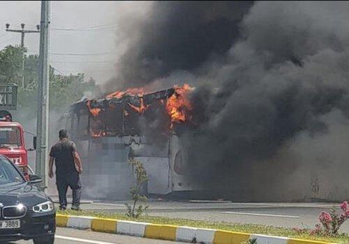 Balıkesir'de yolcu otobüsü yandı: 2'si çocuk 5 kişi hayatını kaybetti...