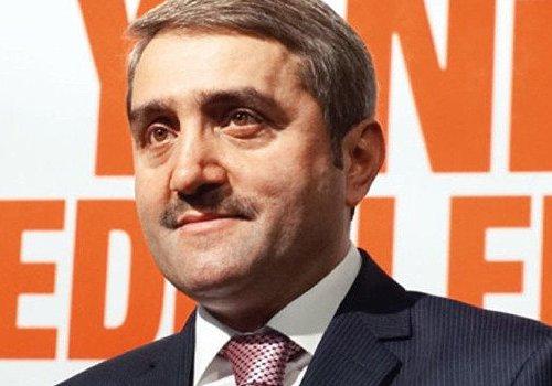 AK Parti eski İstanbul İl Başkanı Selim Temurci de istifa etti...