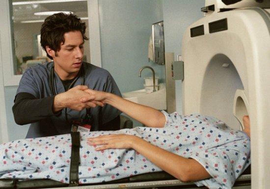 Болгарские врачи оставили пациентку внутри томографа нашесть часов...